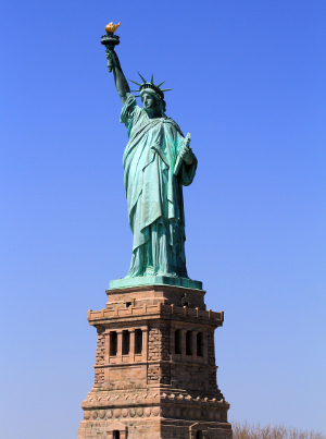tatue_of_Liberty_med