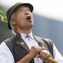 Takeo Ischi yodels